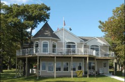 1_Beaver_Island_Realty_Gillespie_home_and_waterfront