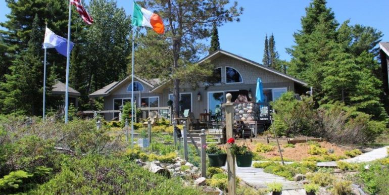 Beaver-Island-Michigan-49782-McElwain-Sand-Bay-Home (16)