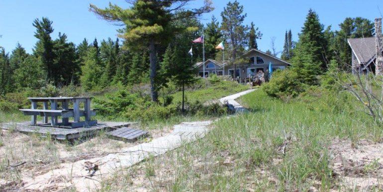 Beaver-Island-Michigan-49782-McElwain-Sand-Bay-Home (18)