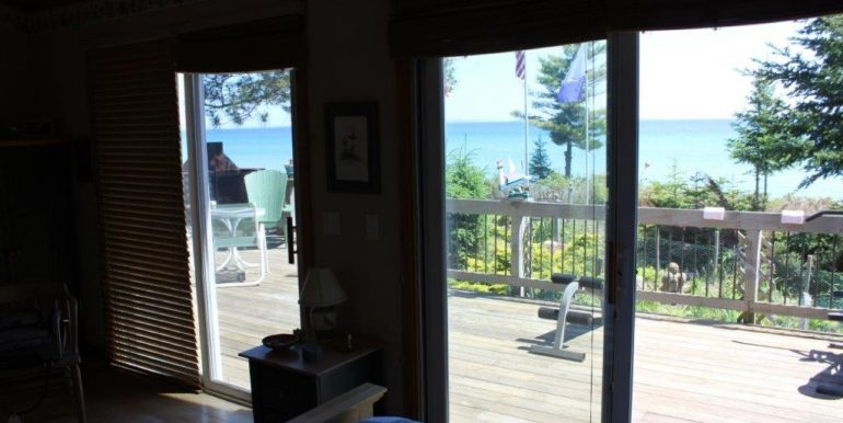 Beaver-Island-Michigan-49782-McElwain-Sand-Bay-Home (6)