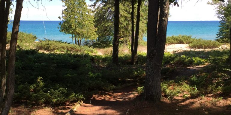 beaver-island-cable-bay-cottage-img_0637