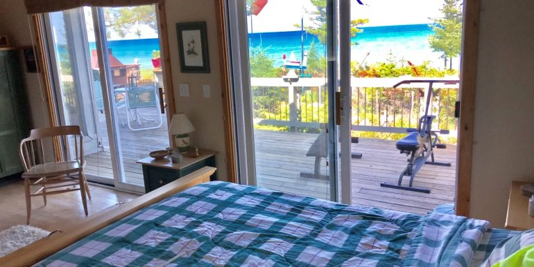 Beaver-Island-Sand-Bay-Cottage-Nice-Sand-Beach-6