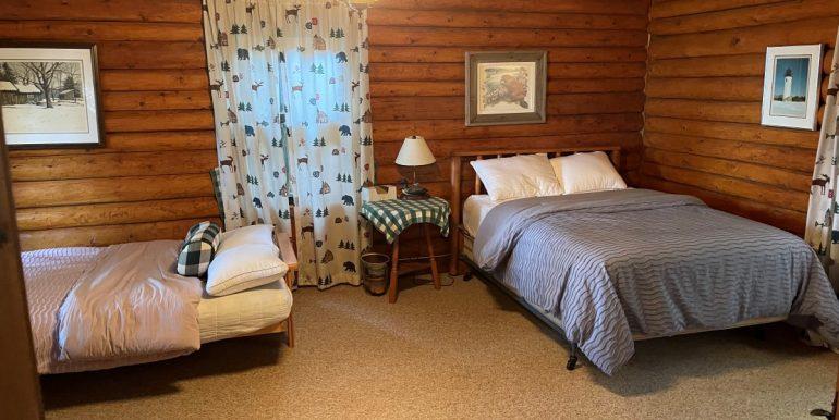 pinebeach-beaver-island-rental-home-1