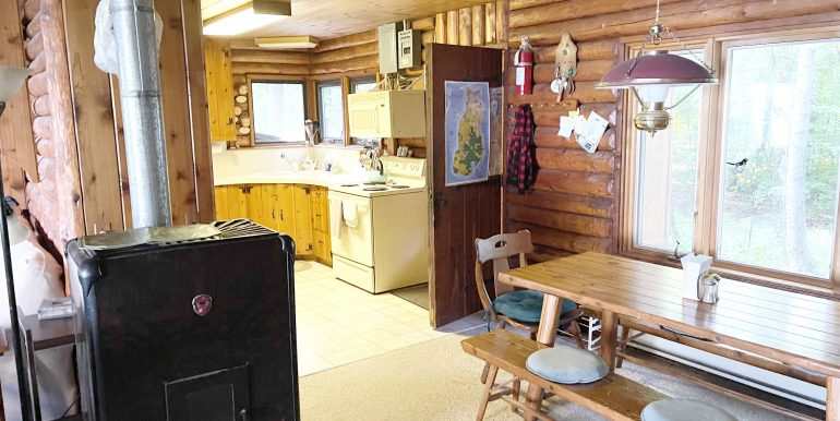 pinebeach-beaver-island-rental-home-9
